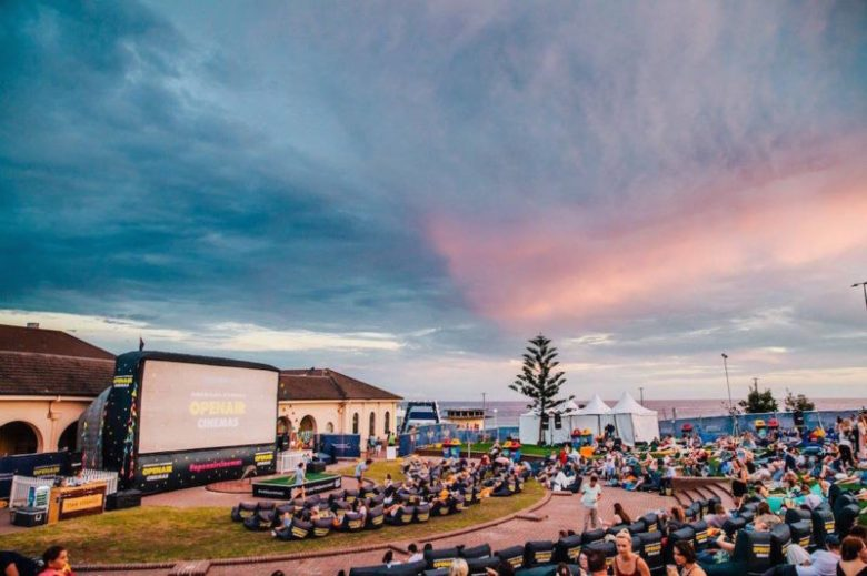 Bondi-Beach-American-Express-Open-air-Cinema-Sydney-800x533